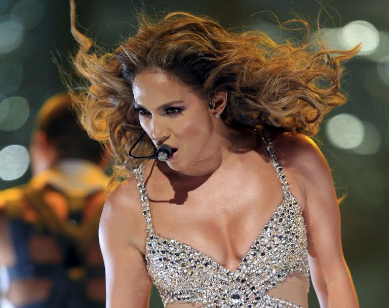 H Τζένιφερ Λόπεζ έβγαλε  10 εκατ. $ δίνοντας συναυλίες για «απατεώνες και δικτάτορες» | tanea.gr