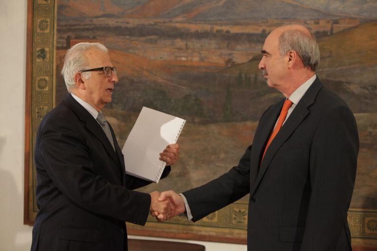Αναρμόδιο για τη Δημόσια Τηλεόραση δηλώνει το Εθνικό Συμβούλιο Ραδιοτηλεόρασης | tanea.gr