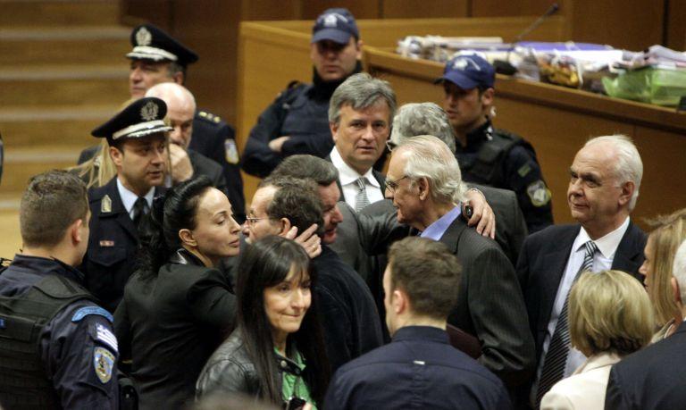 Ο χορός των εκατομμυρίων στη δίκη για τις χρυσές μίζες | tanea.gr