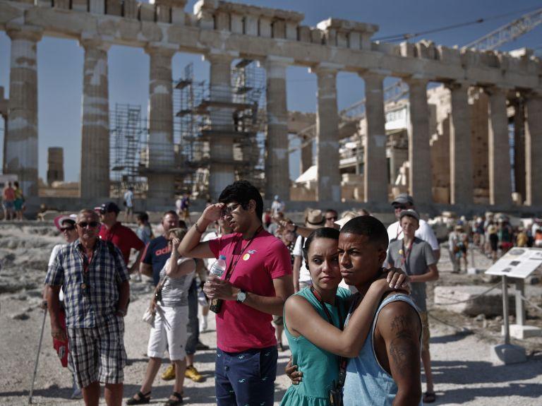 Σημαντική αύξηση εσόδων καταγράφουν οι τουριστικές επιχειρήσεις στη χώρα | tanea.gr