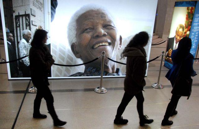 Τα μηχανήματα κρατούν στη ζωή τον Μαντέλα | tanea.gr