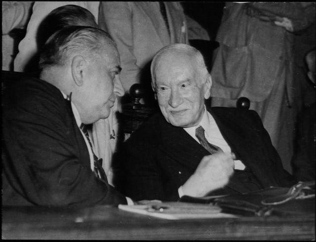 Πώς ο Εμφύλιος οδήγησε σε κυβέρνηση Δεξιάς και Κέντρου | tanea.gr
