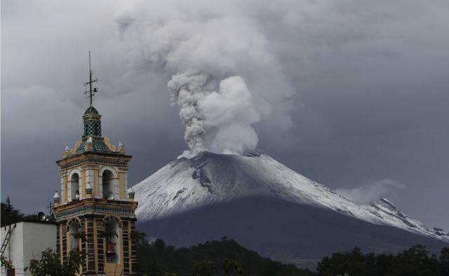Μεξικό: Το ηφαίστειο ανέβασε... κίτρινο πυρετό   tanea.gr