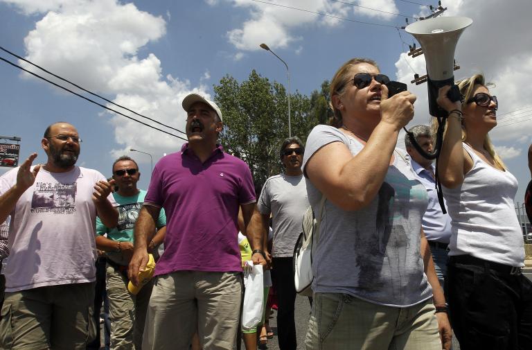 Για μεθόδευση ενός «σκηνικού εμπαιγμού και πίεσης» κατηγορούν την κυβέρνηση οι εργαζόμενοι της ΕΡΤ | tanea.gr