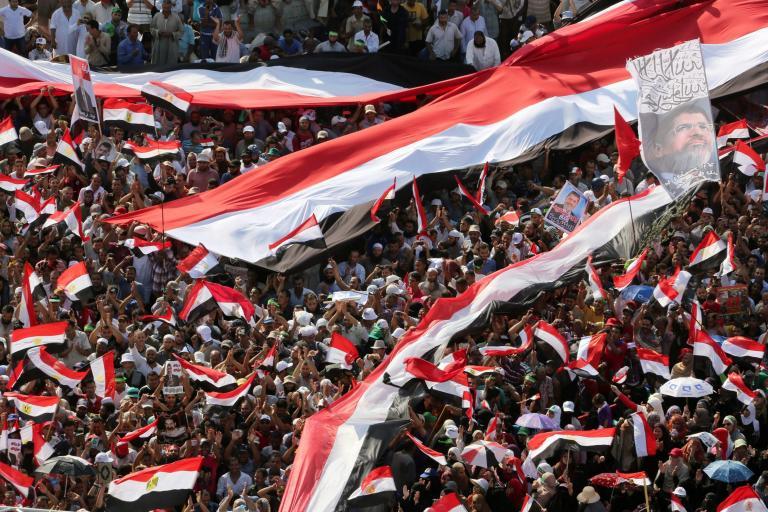 Φάκελο για τον Μόρσι και τους Αδελφούς Μουσουλμάνους ετοιμάζει η εισαγγελία της Αιγύπτου | tanea.gr