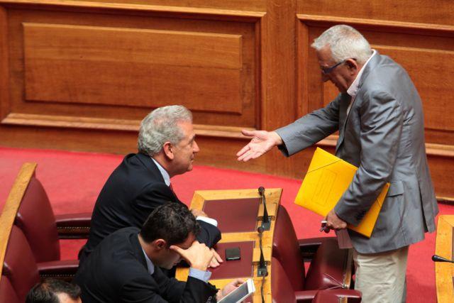 Νικήτας Κακλαμάνης: «Πρώτη φορά βλέπω τέτοιο θλιβερό θέαμα κυβέρνησης» | tanea.gr