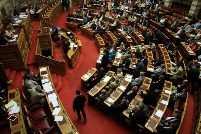 Το μεγάλο τσίρκο της Βουλής | tanea.gr