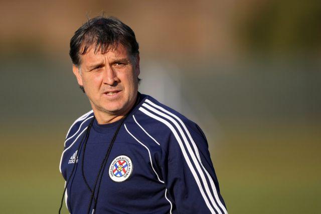Ο Τάτα Μαρτίνο είναι και επίσημα ο νέος προπονητής της Μπαρτσελόνα | tanea.gr
