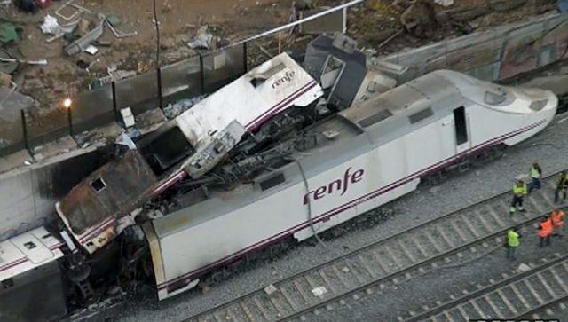 Πένθος και επίμονα ερωτηματικά στην Ισπανία για τη σιδηροδρομική τραγωδία | tanea.gr