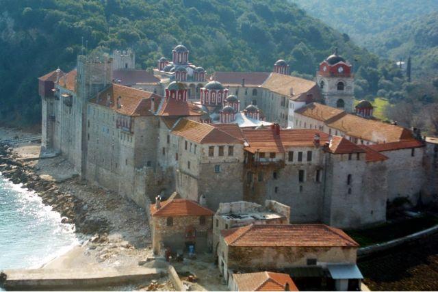 Σίριαλ βίας στη Μονή Εσφιγμένου   tanea.gr