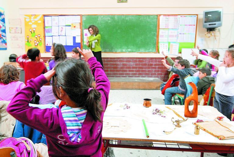 Σε κινητοποιήσεις με την έναρξη της σχολικής χρονιάς προσανατολίζεται η ΔΟΕ | tanea.gr