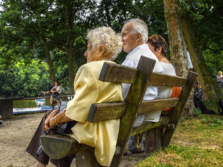 Συνταξιούχοι είναι το 25% των Ελλήνων | tanea.gr
