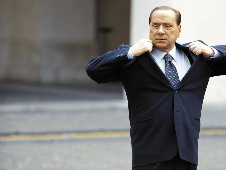 Προς αποπομπή από τη Γερουσία ο Μπερλουσκόνι έως τον Οκτώβριο | tanea.gr