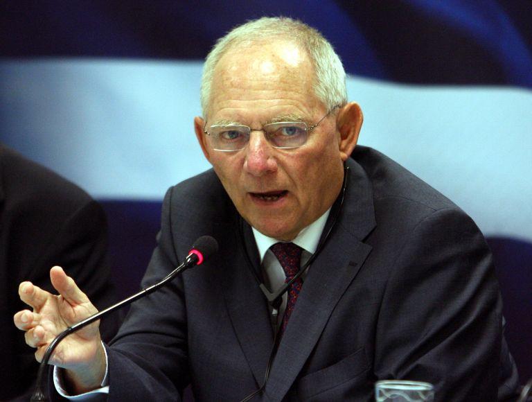 Σόιμπλε: «Οι δηλώσεις του για την Ελλάδα έγιναν γιατί η κυβέρνηση δεν κρύβει τίποτα» | tanea.gr