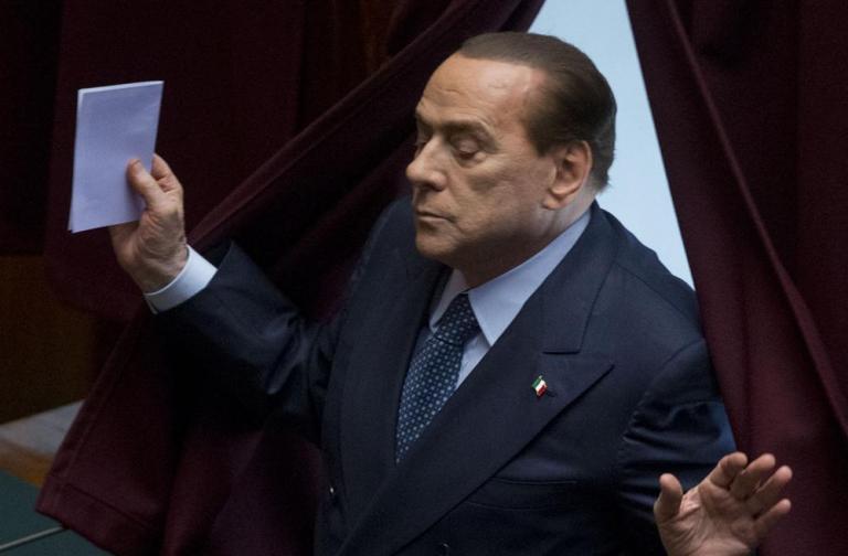 Ιταλία, η επόμενη μέρα: Ο Μπερλουσκόνι συναντά βουλευτές - ο Λέτα απαγορεύει τις διακοπές των υπουργών | tanea.gr
