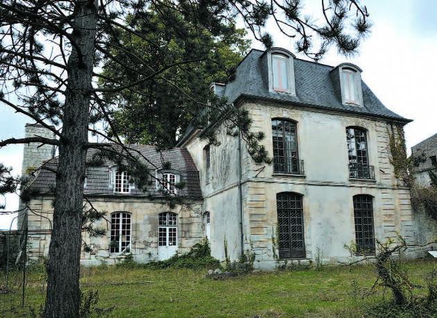 Πωλείται ο «στοιχειωμένος πύργος» των μεγάλων επιτυχιών | tanea.gr