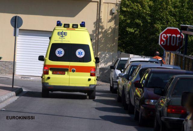 Στην Αθήνα μεταφέρεται η τραυματίας από τη σύγκρουση θαλάσσιου ταξί με φουσκωτό   tanea.gr
