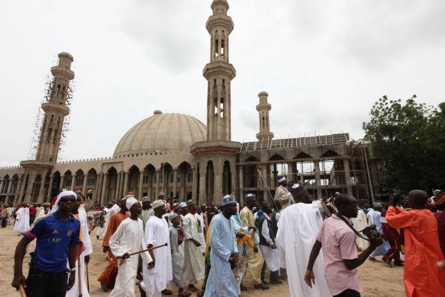 Ενοπλοι σκότωσαν 44 πιστούς σε τέμενος της Νιγηρίας | tanea.gr