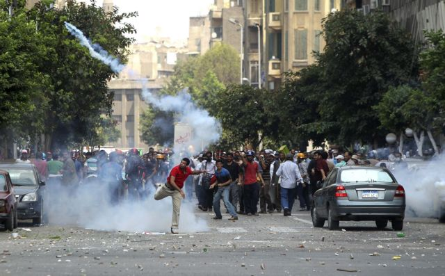 Νέες συγκρούσεις στο Κάιρο | tanea.gr