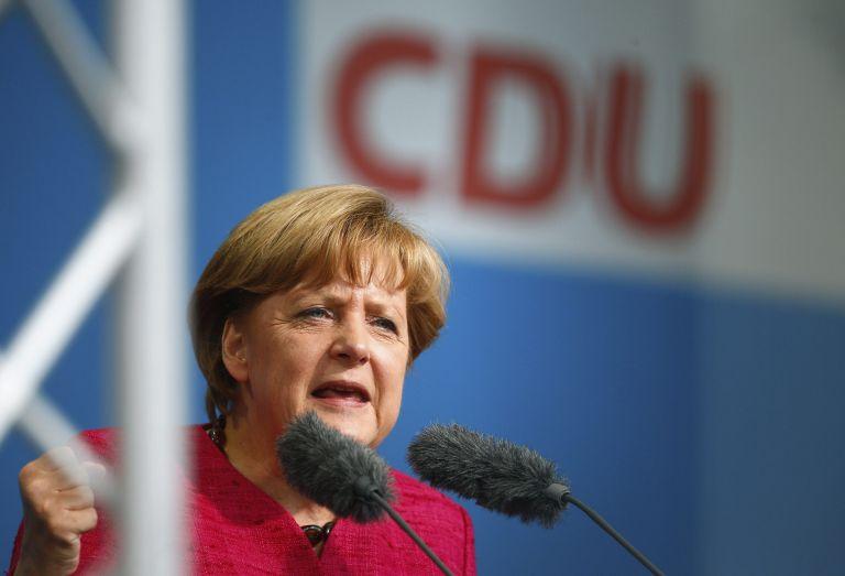 Η Μέρκελ δεν αποκλείει έναν νέο μεγάλο συνασπισμό Χριστιανοδημοκρατών και Σοσιαλδημοκρατών | tanea.gr
