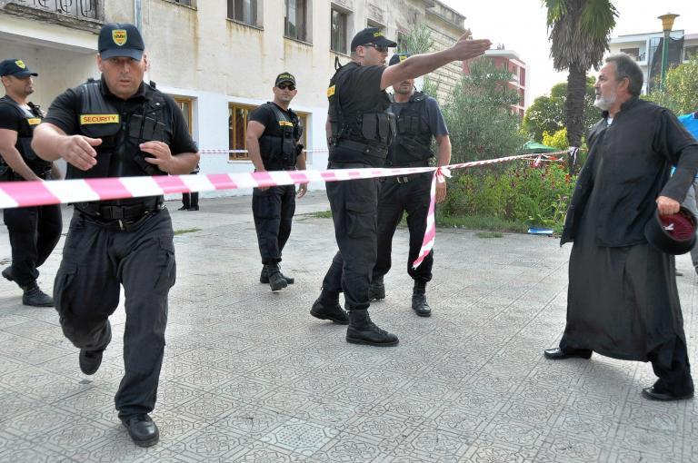 Αρνείται με προκλητική ανακοίνωση τα επεισόδια στην Πρεμετή το ΥΠΕΞ της Αλβανίας | tanea.gr