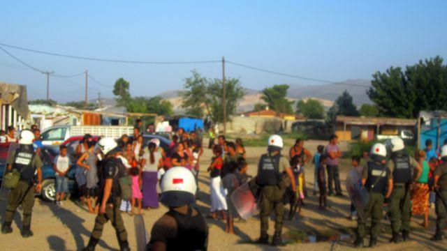 Αστυνομική επιχείρηση σε καταυλισμό Ρομά στη Νέα Χαλκηδόνα | tanea.gr