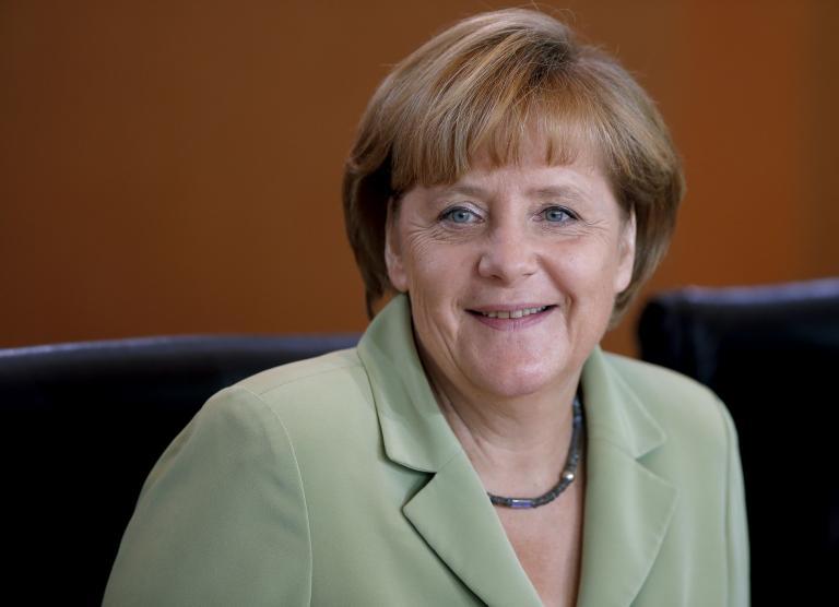 Μέρκελ: «Στα μέσα του 2014 θα ξέρουμε εάν η Ελλάδα χρειάζεται νέα βοήθεια»   tanea.gr