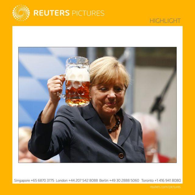 Κριτική στη Μέρκελ για την μπίρα μετά το Νταχάου   tanea.gr