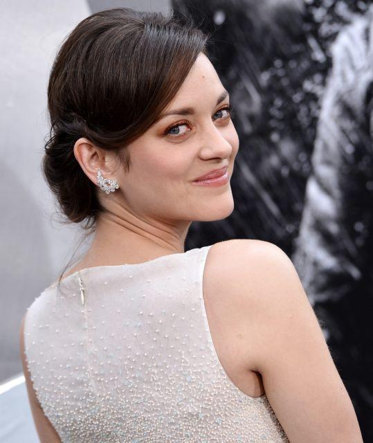 Η Μαριόν Κοτιγιάρ θα αντικαταστήσει τη Νάταλι Πόρτμαν στην ταινία «Μάκβεθ» | tanea.gr
