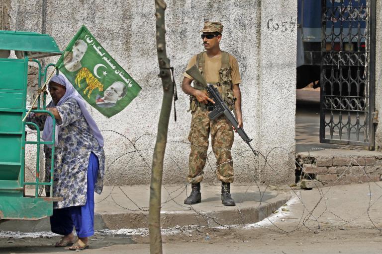Πακιστάν: Ένας δημοσιογράφος βρέθηκε κατακρεουργημένος στο Καράτσι | tanea.gr
