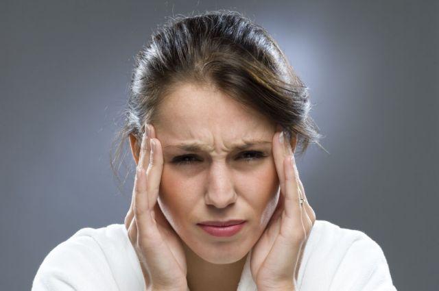 Πειραματική ηλεκτρική συσκευή σταματά τους επίμονους πονοκεφάλους   tanea.gr