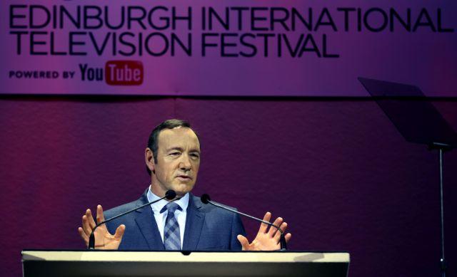 Κέβιν Σπέισι: «Ιδού η τρίτη χρυσή εποχή της τηλεόρασης»   tanea.gr