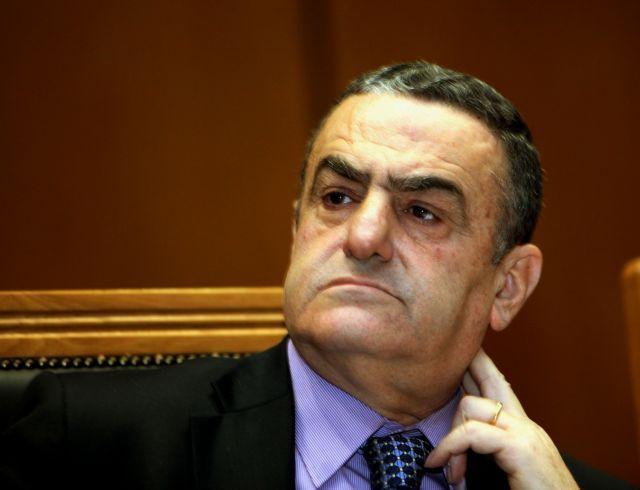 [Μικροπολιτικός] Eμποροι εναντίον δικηγόρων | tanea.gr