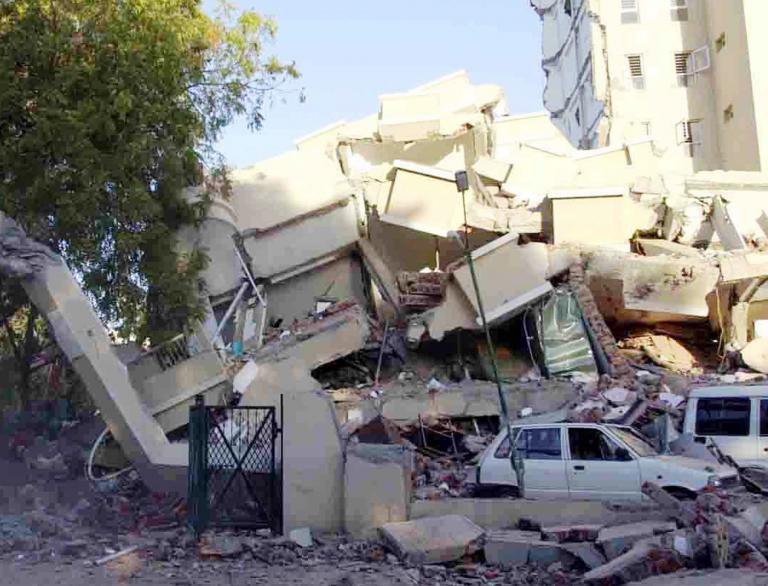 Συνελήφθη στη Ζάκυνθο ο αρχιτέκτονας κτιρίου που κατέρρευσε στον σεισμό του 2005 στο Πακιστάν | tanea.gr