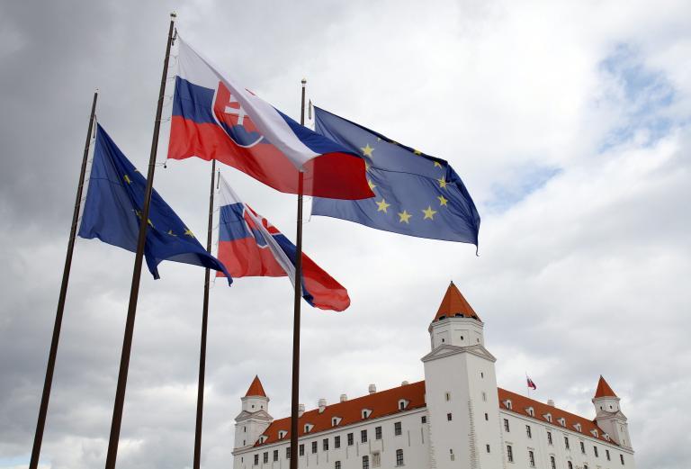 Στη Σλοβακία ξεκινούν λοταρία με τις αποδείξεις για να καταπολεμήσουν την φοροδιαφυγή | tanea.gr