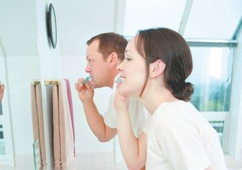 Οι θερινές παγίδες για τα δόντια | tanea.gr