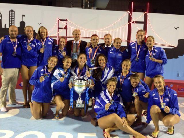 Η εθνική Νεανίδων αναδείχτηκε πρωταθλήτρια Ευρώπης στο πόλο | tanea.gr