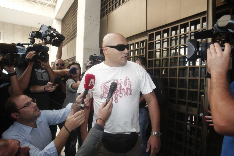 Συνελήφθη ο αστυφύλακας πρώην φρουρός του βουλευτή Γιώργου Γερμενή   tanea.gr