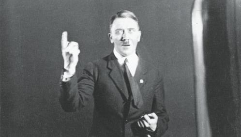 Χανς-Γιούργκεν Ζίμπερμπεργκ: «Τον Αδόλφο Χίτλερ τον έχουμε μέσα μας» | tanea.gr