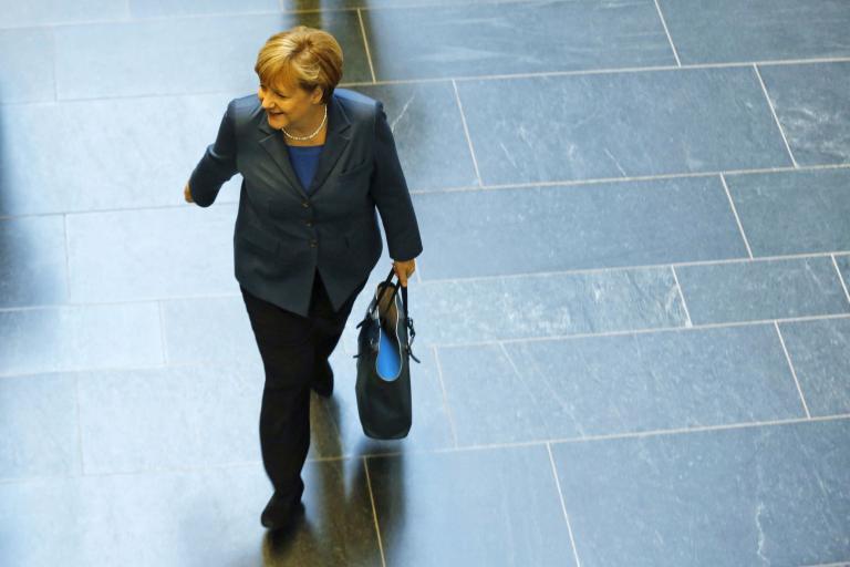 Σάλος στη Γερμανία για τη δωρεά 690.000 ευρώ της BMW στο κόμμα της Μέρκελ   tanea.gr