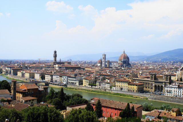 Ιταλία: Αναστέλλεται η επιβολή φόρου στην κύρια κατοικία | tanea.gr
