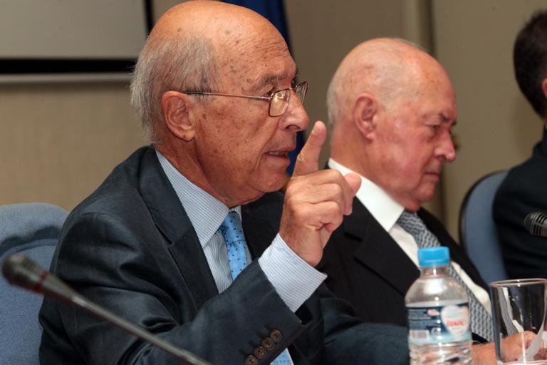 Κώστας Σημίτης: «Ελλάδα και Κύπρος έχουν περιθωριοποιηθεί στην ΕΕ»   tanea.gr