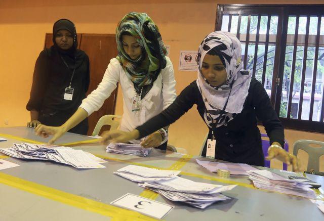 Το Ανώτατο Δικαστήριο ανέστειλε τον β' γύρο των εκλογών στις Μαλδίβες | tanea.gr