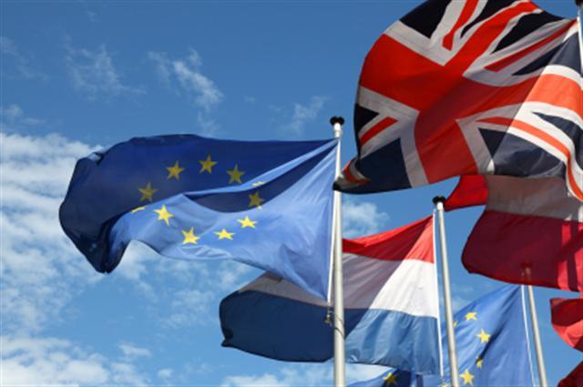 Διαμάχη Κομισιόν-Βρετανίας για την ελεύθερη μετακίνηση στην ΕΕ | tanea.gr