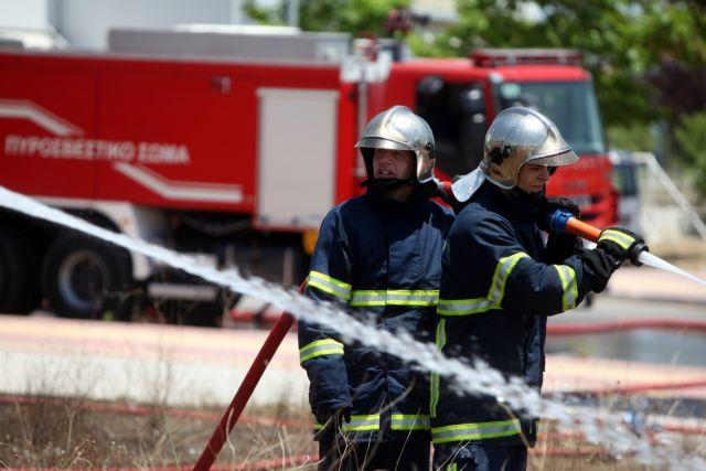 Eνας νεκρός από πυρκαγιά σε διαμέρισμα στα Κάτω Πατήσια   tanea.gr