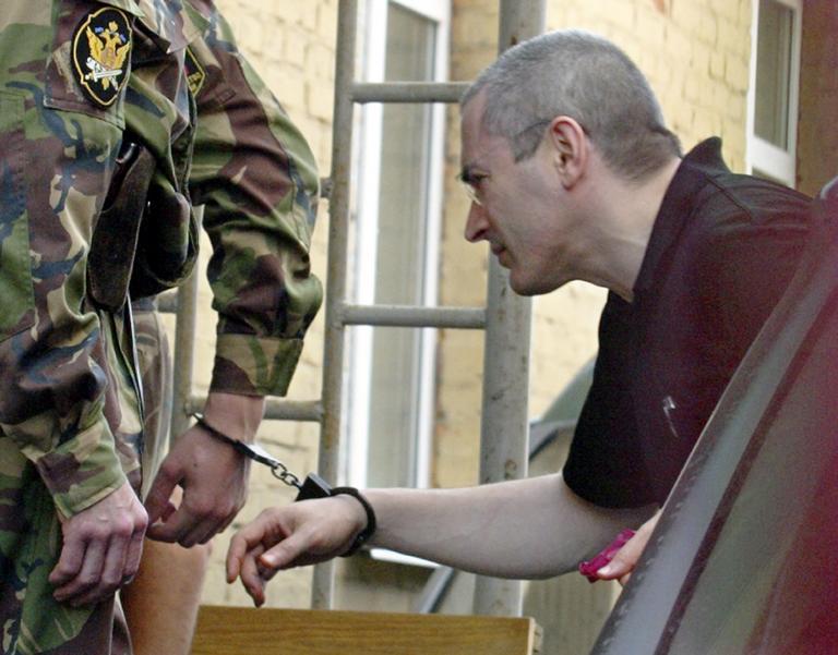 Νέα έρευνα σε βάρος του Χοντορκόφσκι για ξέπλυμα βρώμικου χρήματος από τις ρωσικές αρχές | tanea.gr