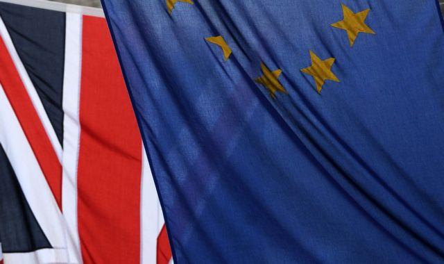 Επιμένει η Βρετανία για περιορισμούς στη ελεύθερη μετακίνηση των πολιτών εντός ΕΕ | tanea.gr