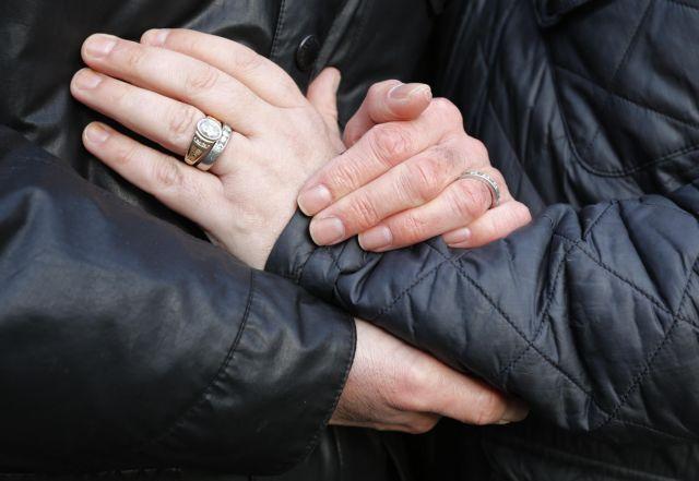 Τον Μάρτιο οι πρώτοι γάμοι ομόφυλων ζευγαριών σε Αγγλία και Ουαλία | tanea.gr