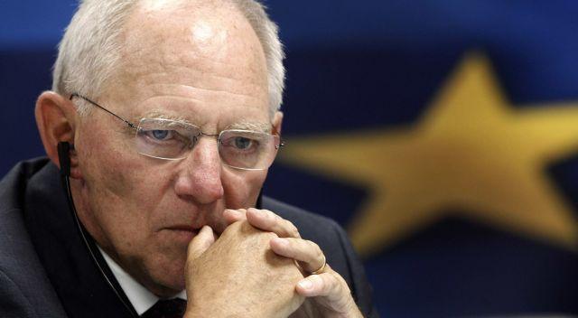 Σόιμπλε καλεί Σουλτς να μην χρονοτριβεί με την τραπεζική ένωση | tanea.gr