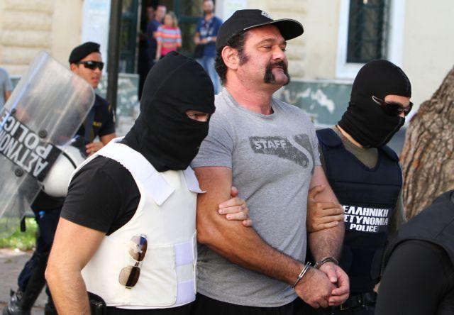 Αίτηση αποφυλάκισης υπέβαλε ο Γιάννης Λαγός της Χρυσής Αυγής   tanea.gr